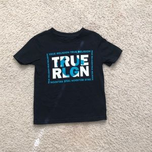 Kids True Religion Shirt. Size: 4